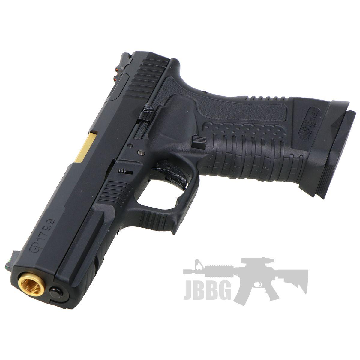 we pistol 8