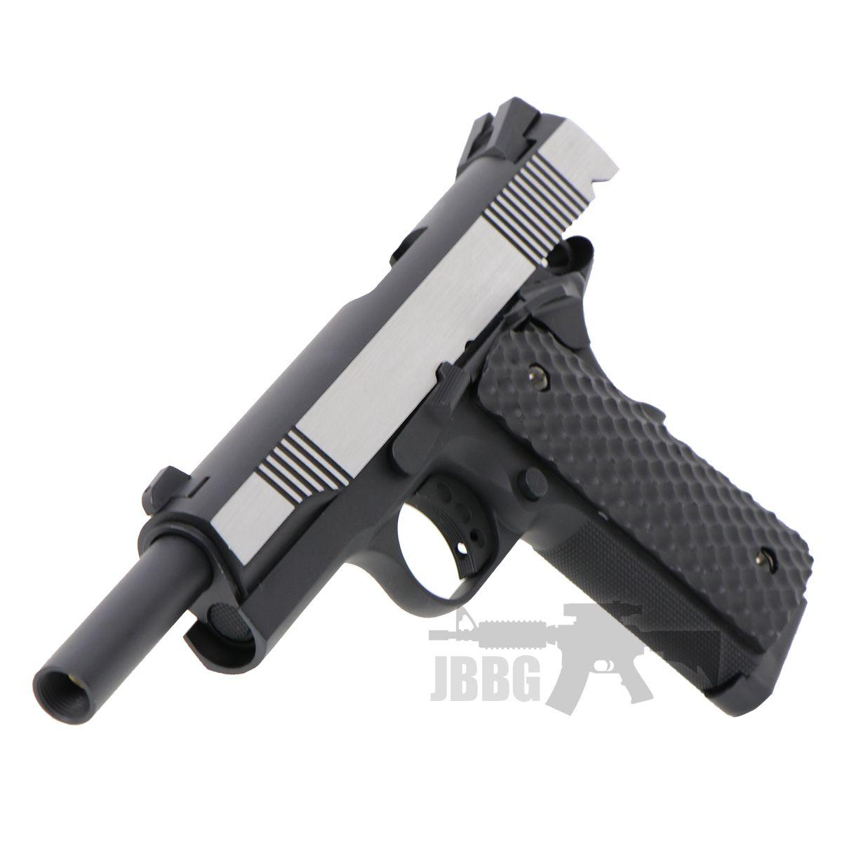1911 pistol 4